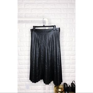 Trouve Pleated Faux Leather Skirt